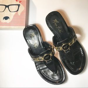 Marc Fisher thong sandals black and gold